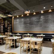 餐厅原木餐桌椅图片