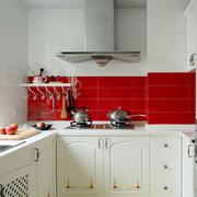 家居厨房白色橱柜图