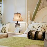 房屋卧室床头柜设计