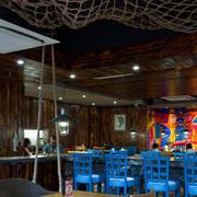 地中海餐厅桌椅摆放