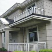 别墅白色阳台栏杆