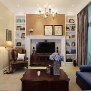 复式楼客厅置物架图片