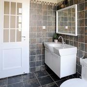 家居卫生间瓷砖