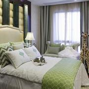 动感绿色卧室设计图