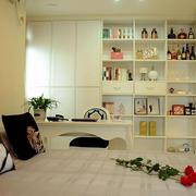 房屋卧室置物架