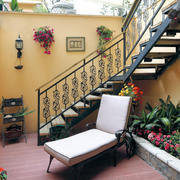 别墅花园铁艺楼梯展示