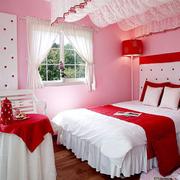 家居粉色系卧室