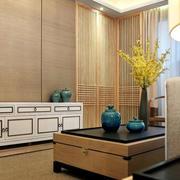 120平米房屋白色置物柜
