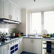 L字型小厨房图