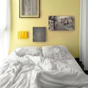 公寓卧室小床摆放