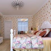 粉色系卧室装饰