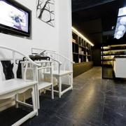 书店白色座椅设计