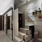 小户型公寓楼梯收纳