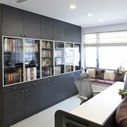 开放式客厅大书房书架