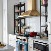 厨房空间的油烟机设置