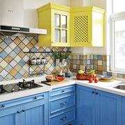 别墅厨房橱柜