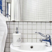 房屋卫生间洗手台