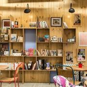 书店木质书架鉴赏