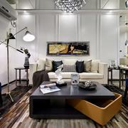 三室两厅客厅精致茶几图