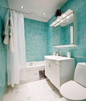 卫生间青色瓷砖