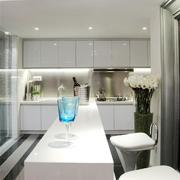 公寓厨房干净图片