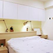 时尚房屋小卧室床头柜