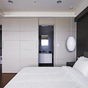 卧室隐形门装修