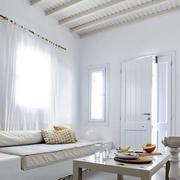 别墅客厅飘窗沙发展示