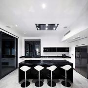 经典厨房吧台装修