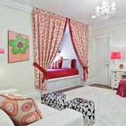 卧室红色飘窗窗帘