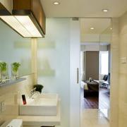 卫生间玻璃推拉门装潢