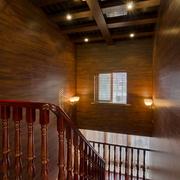 温暖的木屋别墅楼梯展示
