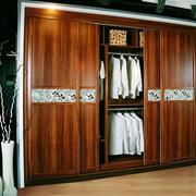 木质推拉门衣柜