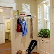 家居进门玄关置物架设计