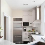 白色厨房装潢