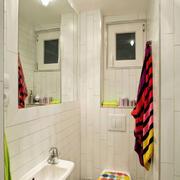 公寓卫生间衣物架设计