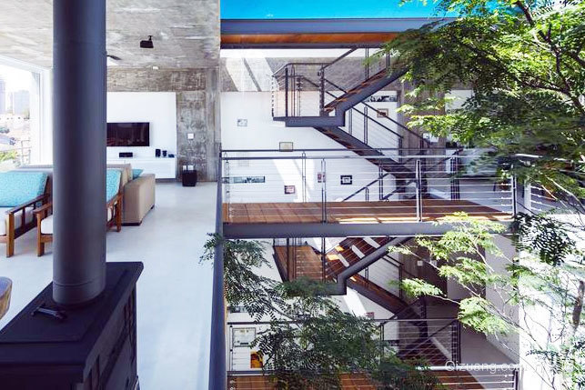 外表粗犷但室内精致的别墅装修设计效果图