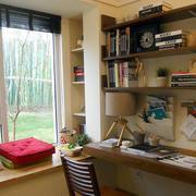 温暖书房窗户
