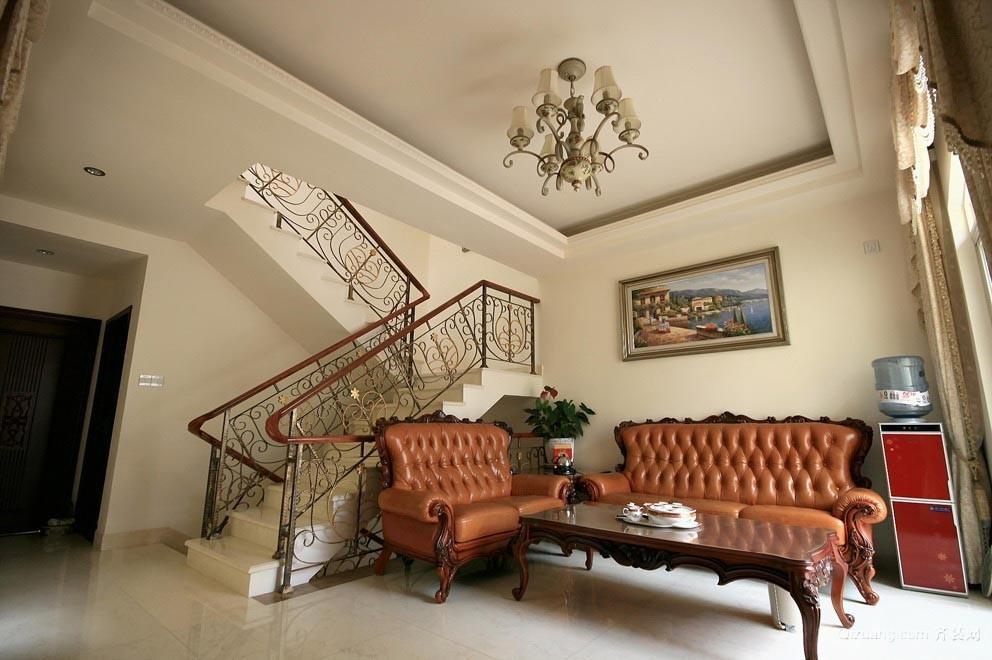 尊贵典雅的欧式古典风格楼梯设计装修效果图大全