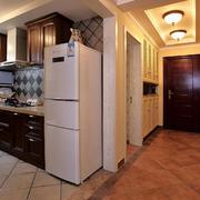 厨房冰箱摆放