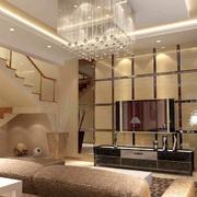 复式楼客厅吊灯