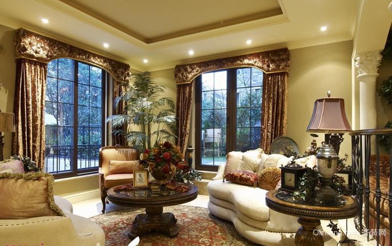 气派辉煌的欧式古典风格别墅窗帘设计图片大全