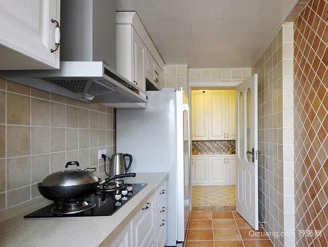 30平米女性超级喜爱的实用厨房装修效果图