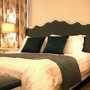 卧室家具床
