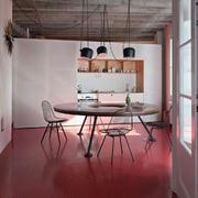 红色公寓餐厅地板