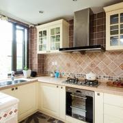 复式楼简欧厨房设计