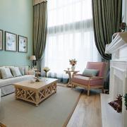 复式楼客厅茶几设计