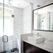 洗手间隔断玻璃门图