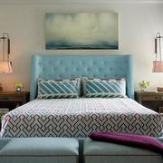 公寓卧室装饰画图