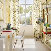 实用的家庭遮阳窗帘展示